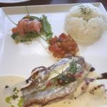Cafe やぶさち - ランチの白身魚のポワレ1500円