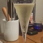 54641557 - グラスがかっこいい!