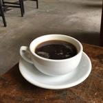 カップス コーヒー&カップケーキ - 大きいコーヒー