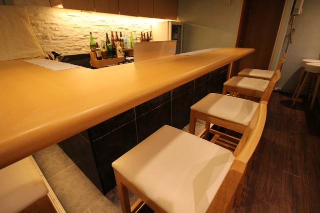 The photo of Interior: SAKE bar a tika[Tabelog]