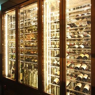 100銘柄を超えるワイン&シャンパン
