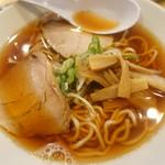 麺商人 - 煮干し中華そば