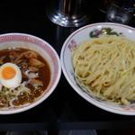 ぶたさぶろう - 肉玉つけ麺:大盛り