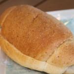 フルーツ童夢やまだ農園 - 塩バターパン小豆クリーム冷やしサンド