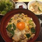 田町 鳥心 - 親子丼(850円)