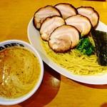 ラーメン ABE's - 濃厚チャーシューつけ麺(チャーシュー増し)