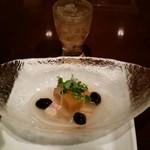 蟹工船 - 蟹しゃぶの知床コース(税サ込み12100円)は蟹とカボチャのあんかけでスタート
