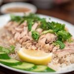 54666505 - 2016.8 カオマンガイ(1,000円)特製ソースのゆで鶏ご飯