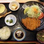 レストラン 四季の恵 - とんかつ定食(税別920円)