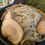 つけ麺 弥七  - 特製つけ麺・特盛【料理】