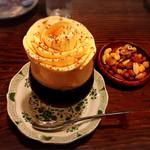 54669133 - バラの花びらのコーヒーゼリー