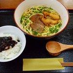 喜納の八重山そば - 料理写真: