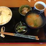 うまもんや - 料理写真:日替りランチ(御飯と味噌汁)