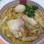 どうとんぼり神座 神戸ハーバーランドumie店 - 煮玉子ラーメン