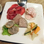 Vin&Fromage UnVerre - 前菜盛り合わせ1,500円