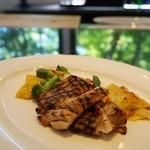 キッチン イトウ スタイル - 富士の鶏モモ肉の自家製マーマレード黒蜜マリネのグリル 1,800円