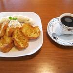 カフェ シュ シュ - 料理写真:フレンチトーストセット(モーニング:600円)