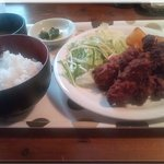 ダンケ - から揚げ定食(580円)