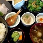 日本酒スローフード 方舟 - 海鮮刺身と冷汁膳