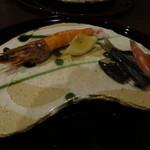 美酒美食 平田 - ◆ 焼物、車エビと鮎の干物