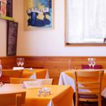 タベルナ イル ロカーレ - ランチ・ディナーともご予約をお勧めします