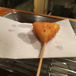 三 - チーズ(150円)