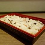 米田茶店 - 料理写真:[2016/07]おこわ(298円)