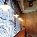 ホワイトバード コーヒー スタンド - 店内