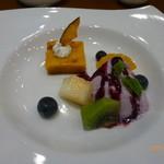 きたやま風凛 - デザート(カボチャプリン、ブルーベリーアイスクリーム)