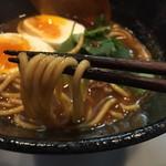 純喜 - カレーラーメン(750円)麺リフト