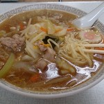 新京亭 - 平打ち麺