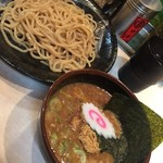 54707478 - 魚豚濃恋つけ麺810円麺半分