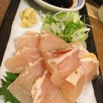 鶏飯 八事バード - さつま知覧地鶏炙りタタキ 550円/一皿