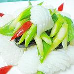 北京 - イカとアスパラの塩味炒め
