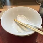 燃えよ麺助 - 文句なく旨い!!