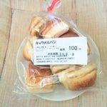 モグモグ - 料理写真:キャラメルパン 100円 2016/08