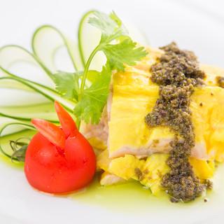 本格四川料理を博多の豊富な食材と共に。