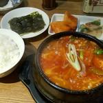 韓の香 - スン豆腐チゲランチ 880円