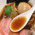 本町製麺所 阿倍野卸売工場 中華そば工房 - 名物中華そば(650円)スープ