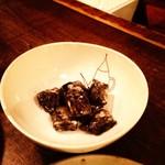 醸造酒場アジート - イカスミとクリームチーズ