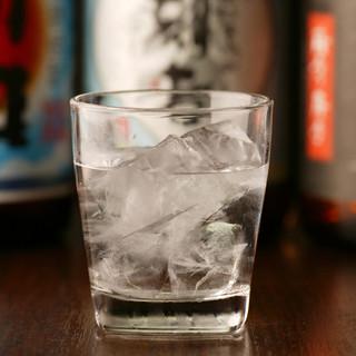 地酒をはじめ、日本酒・焼酎も揃えています。