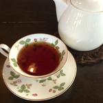 54726400 - クリームティーの紅茶、この日はキームン