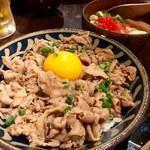 ちゅら屋 - こちら沖縄スタ丼定食!