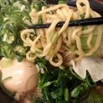 武道家 - 麺をリフトアップ&片手撮り!