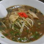 若松屋 - 料理写真:豊富な食材を使った味噌ラーメンです