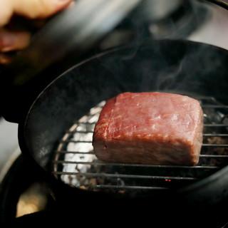ダッチオーブンで燻製の黒毛和牛☆