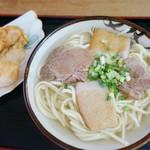 くになか食堂 - 宮古そば(てんぷら2個付き) 500円