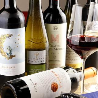 ソムリエがセレクトした高コスパなグラスワインが10種類!