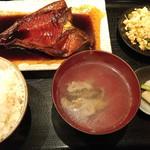 里の宿 - 金目鯛煮付定食
