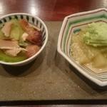 54747936 - 葉月のお任せ料理                       翡翠茄子の豆打ち餡かけ、松茸・瓜・蒸し鶏のおひたし
